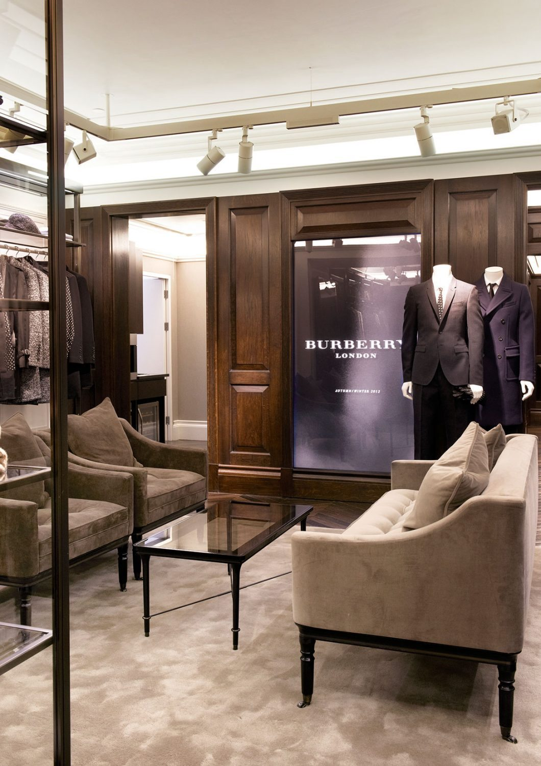 burberry stores ecosense lighting